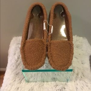 SO slippers NWT multiple sizes